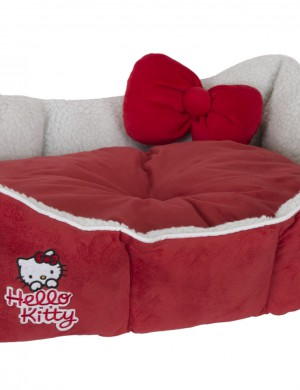 Кровать Hello Kitty в форме короны
